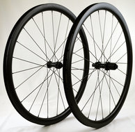 35-mm-Clincher-Ultimate