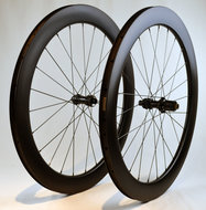 60-mm-Clincher-Race