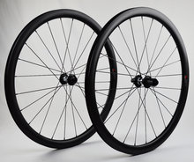 38-mm-Clincher-DT-Swiss